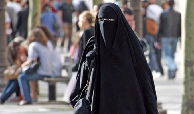 tunisie-directinfo-niqabée
