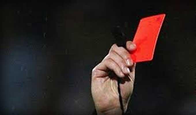 arbitre-carton-rouge